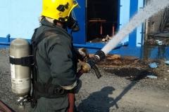 Incêndio de grandes proporções atinge fábrica de estofados (Foto: Corpo de Bombeiros)