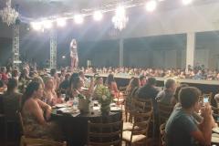 Na passarela foram apresentados 120 looks de 30 empresas associadas à AMPEBr