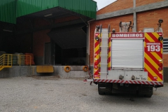 Incêndio atinge tinturaria no bairro Santa Luzia  (Foto: Corpo de Bombeiros)