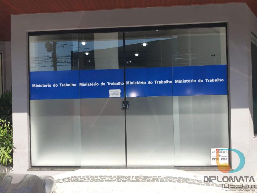 Ouvinte manifesta preocupação com possível alterações no atendimento do Ministério do Trabalho em Brusque