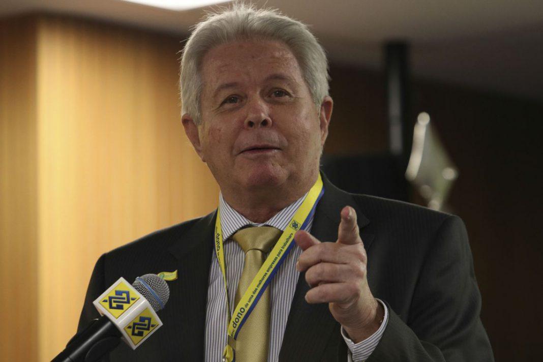 Presidente do Banco do Brasil, Rubem Novaes.