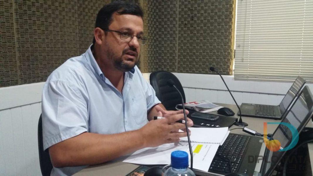 William Molina no Jornal da Diplomata
