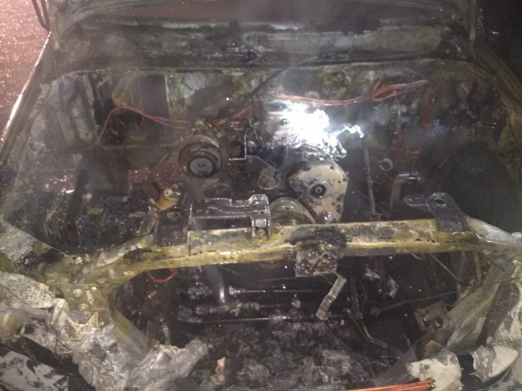Incêndio em caminhão na Limeira