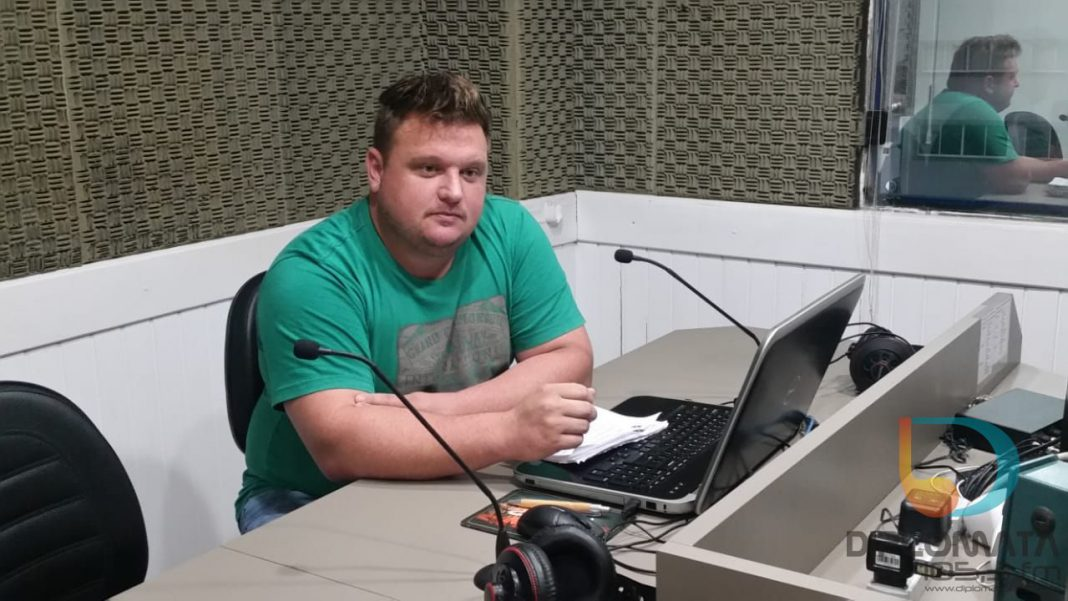 Vereador Leo Schmitz (DEM), no Jornal da Diplomata