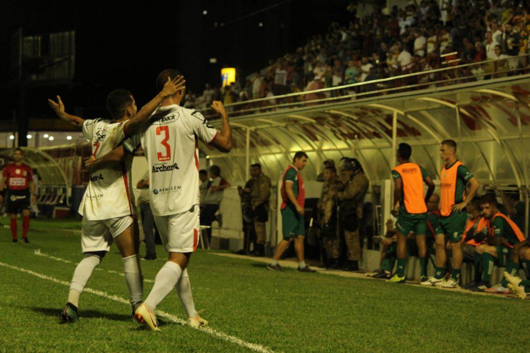 Brusque vence no Augusto Bauer