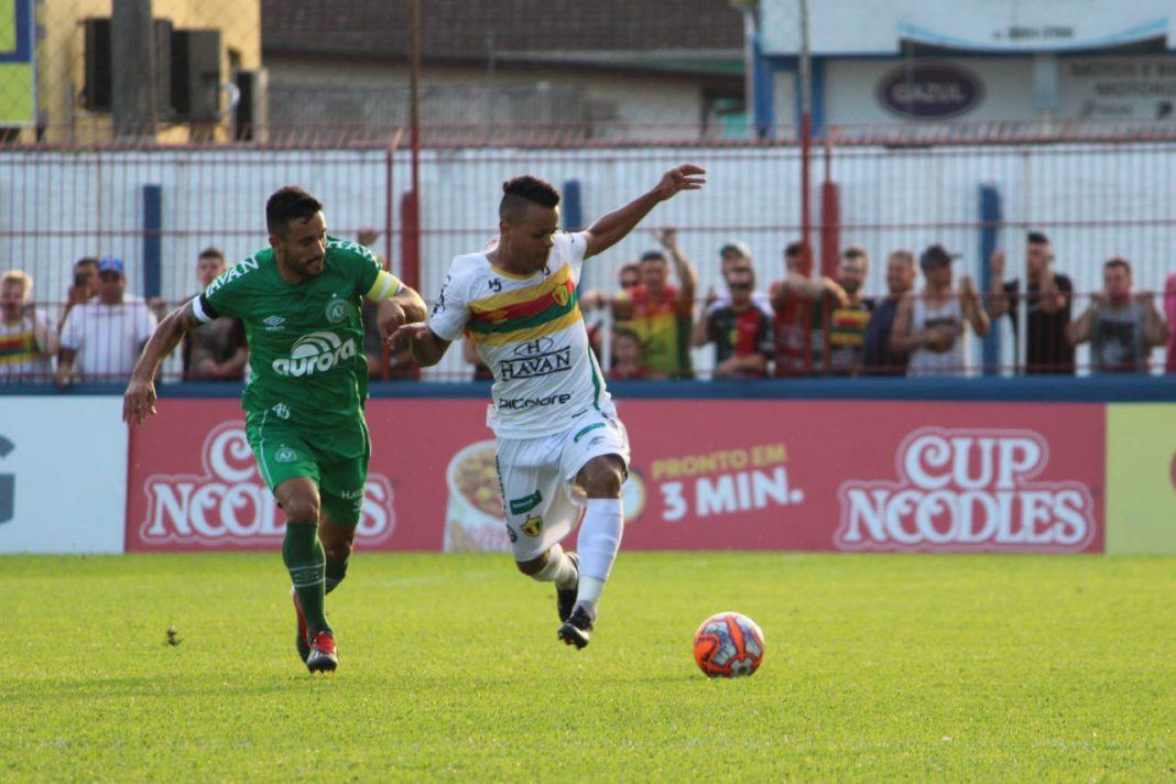 Brusque perde para a Chapecoense no estádio Augusto Bauer