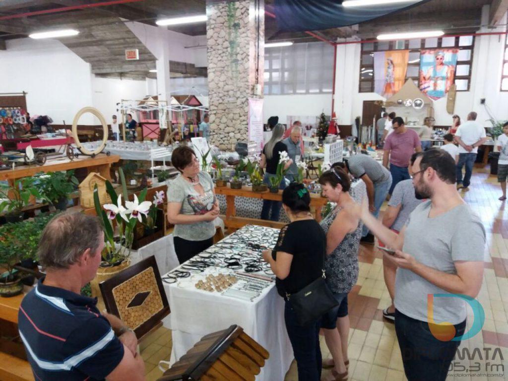 Mercado de Pulgas em Brusque