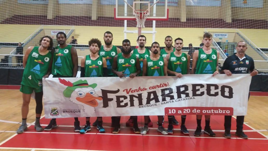 Brusque Basquete/FME vai decidir final four em Ponta Grossa