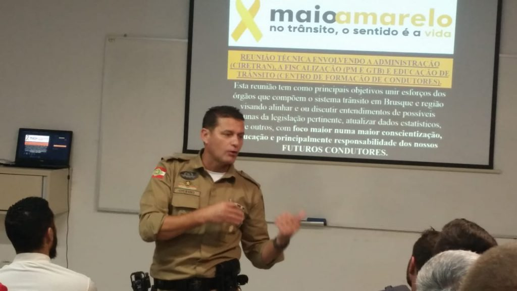 tenente-coronel Otávio Ferreira, do 18º BPM