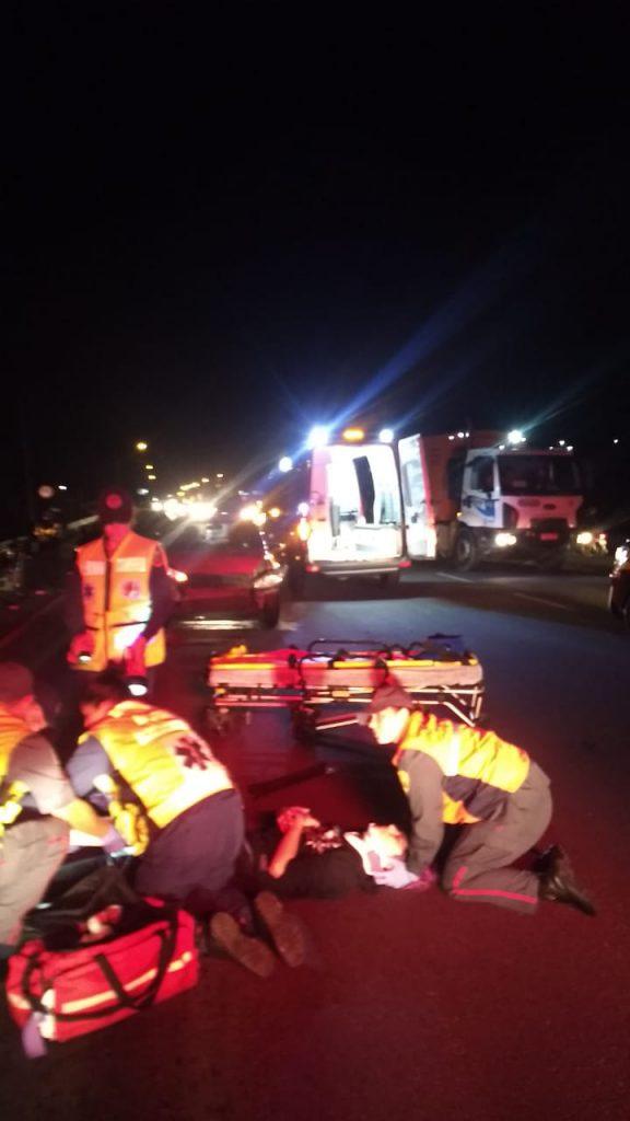 Dois acidentes na rodovia Antônio Heil na noite de sábado, em menos de uma hora (Foto: Corpo de Bombeiros)