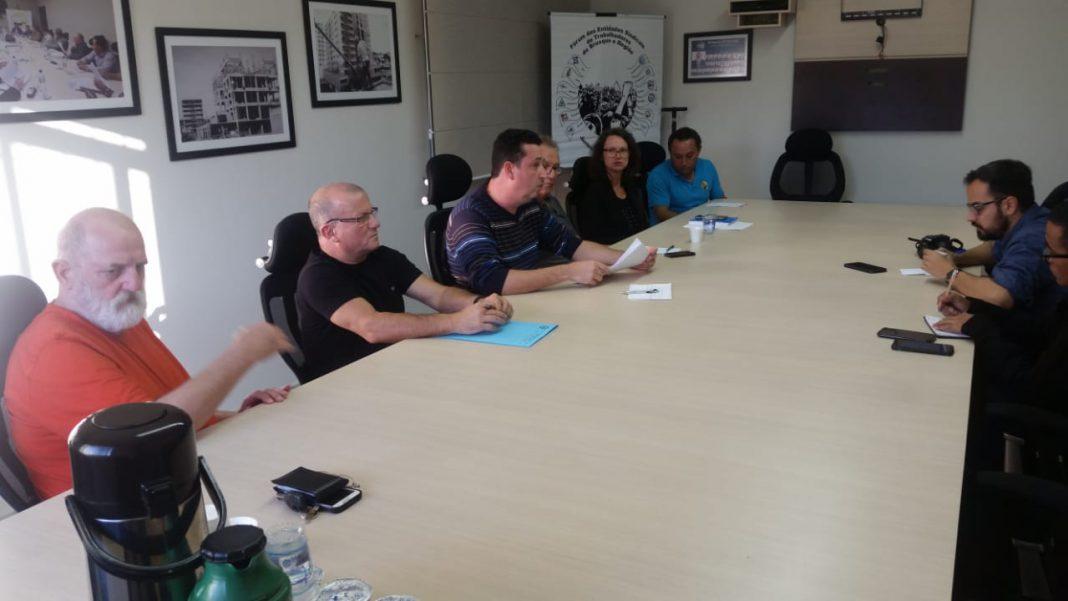 Sindicatos pressionam pela renovação do convênio médico com a prefeitura