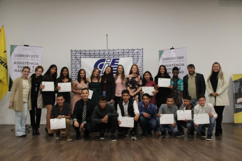 O CIEE realizou recentemente a formatura de 19 alunos da terceira turma do Programa de Iniciação ao Trabalho (PIT)