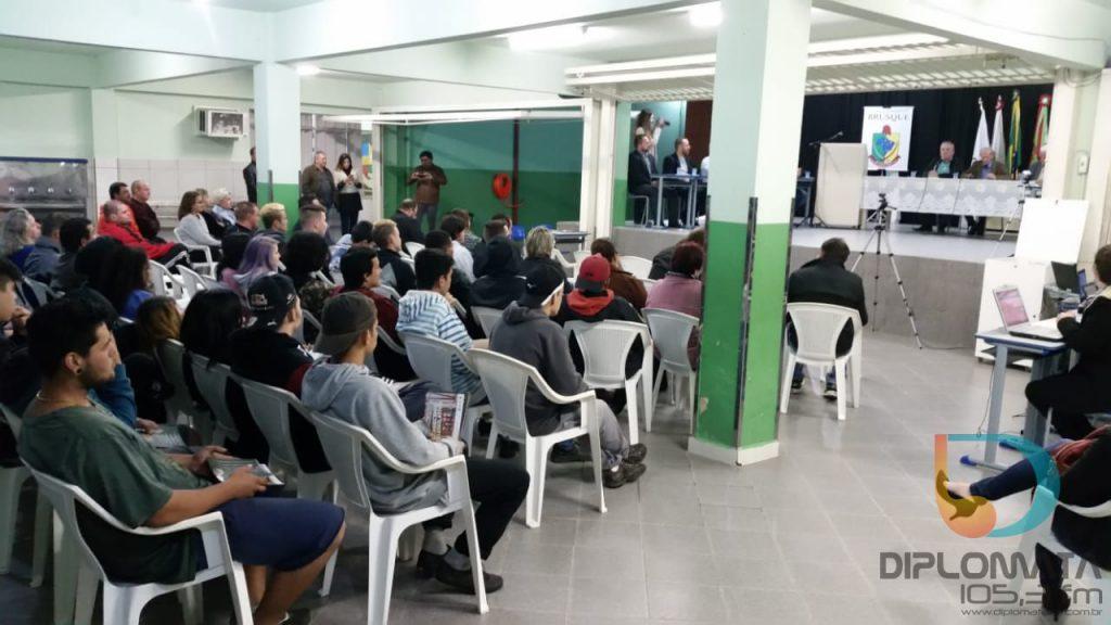 Câmara Itinerante no Paquetá serve de piloto do legislativo nas comunidades