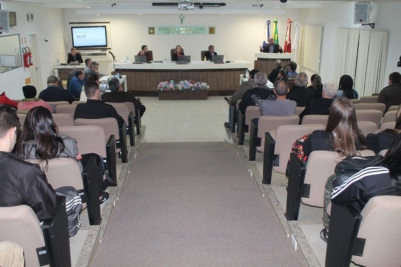 Sessão na Câmara de Vereadores de Guabiruba