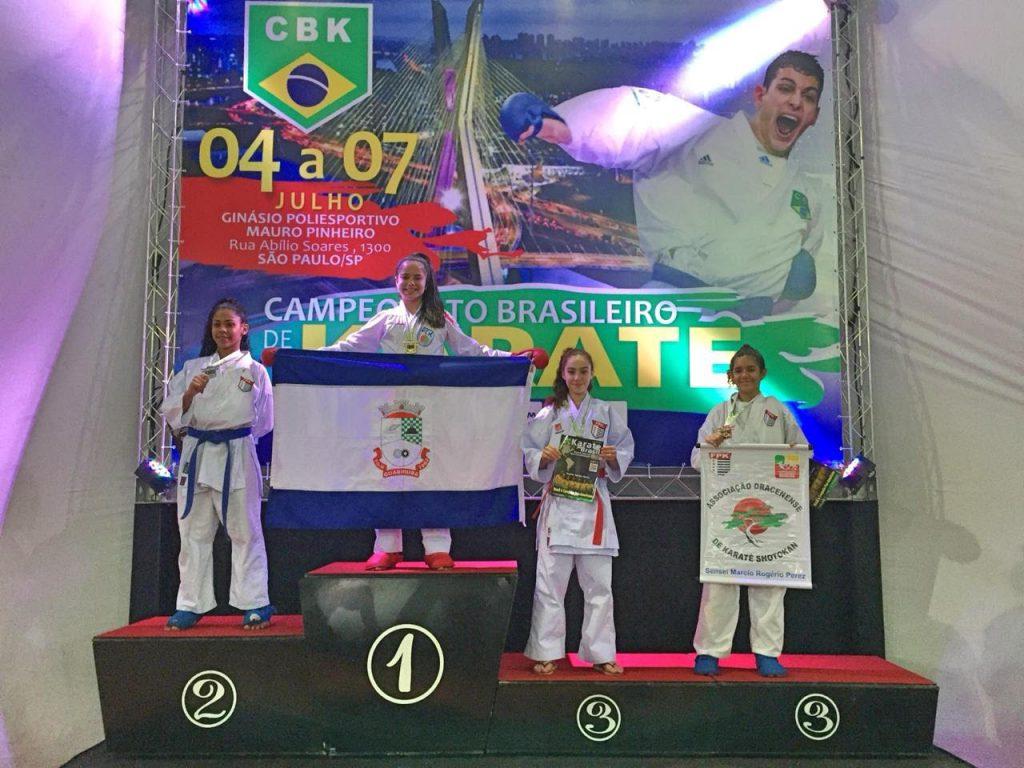 Atletas de Guabiruba conquistam ouro e vagas para final do brasileiro de karatê