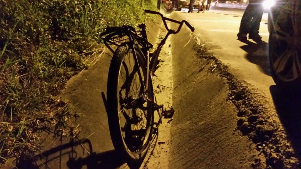 Bicicleta conduzida pela vitima