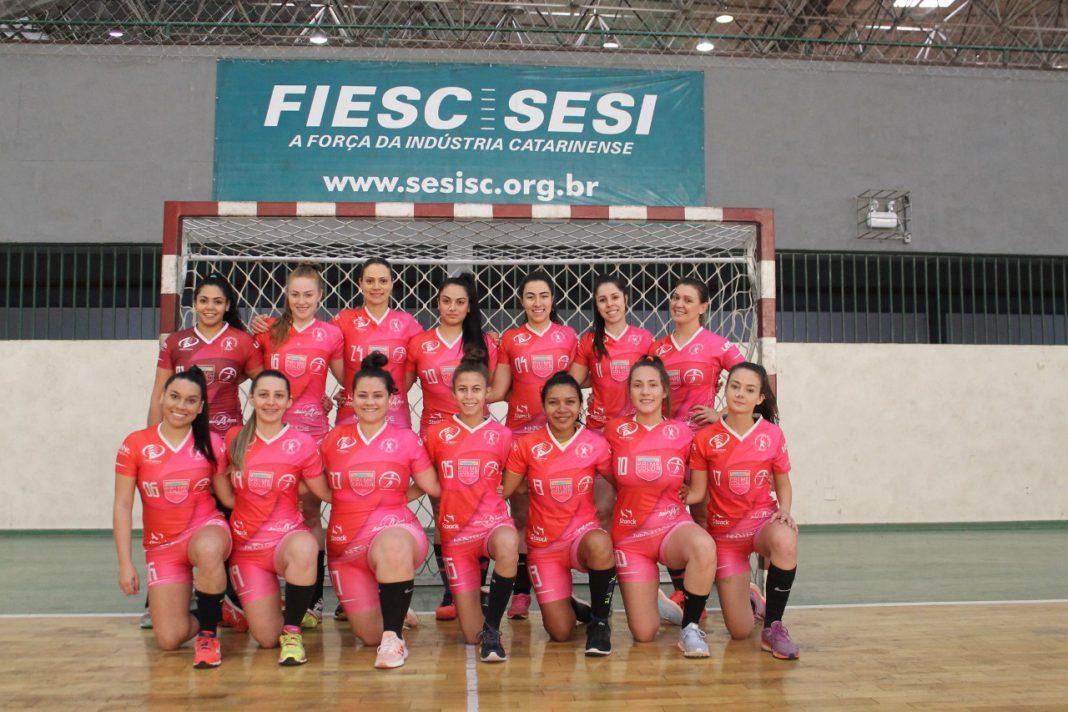 Handebol brusquense conquista bons resultados na Liga Catarinense