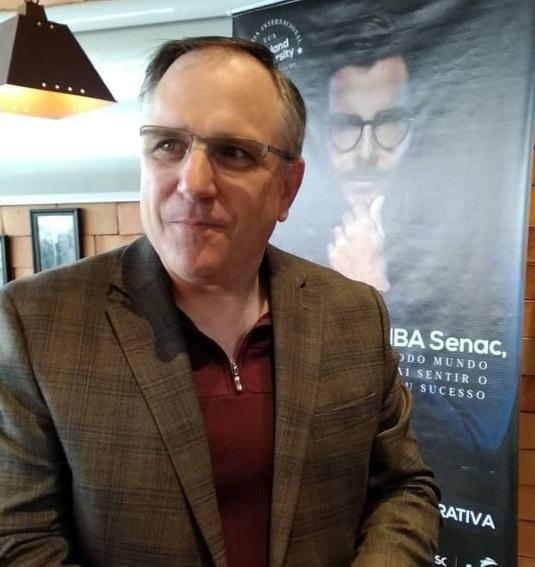 Palestra professor Terry Rumker