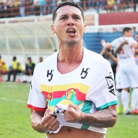 Brusque repatria Thiago Alagoano, do elenco campeão da Série D
