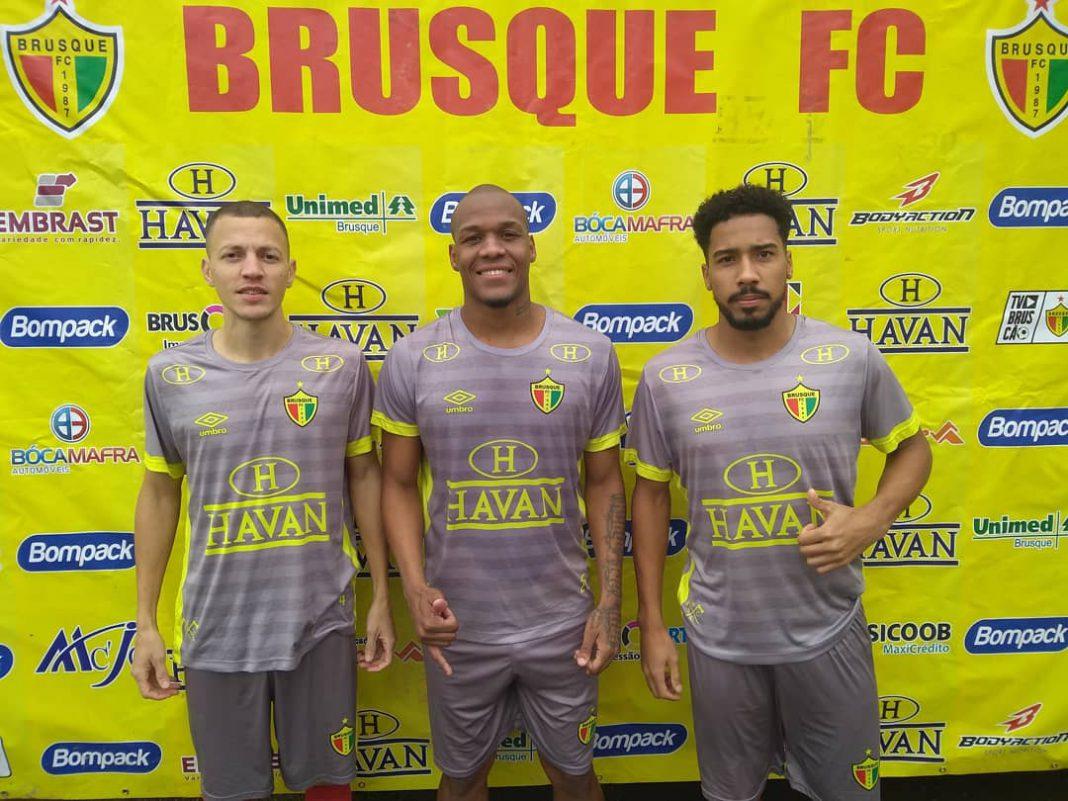Brusque segue com reforços para Copa SC