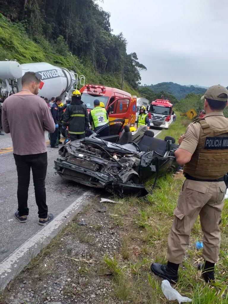 Forte colisão na rodovia Gentil Archer deixa quatro feridos