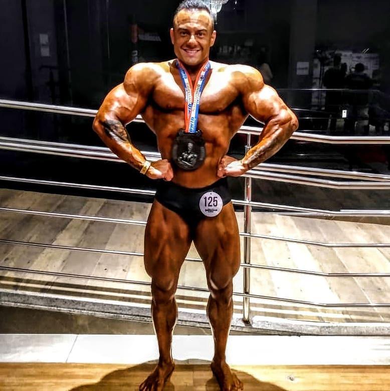 Atleta brusquense Douglas Rezini Top 4 no Sardinha Classic