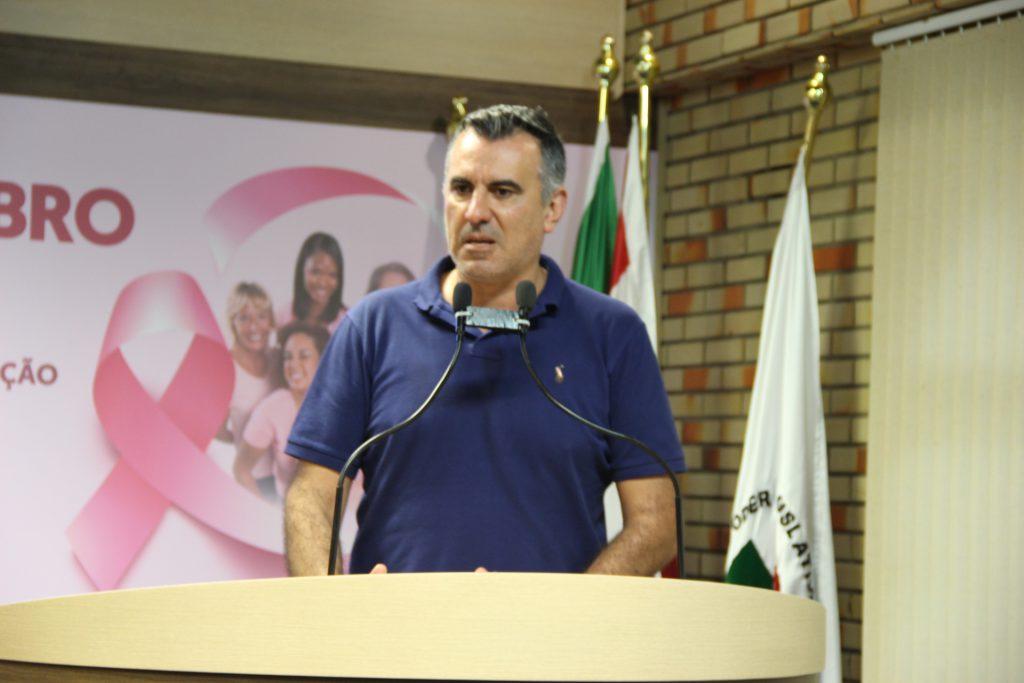 llíder do governo, Alessandro Simas