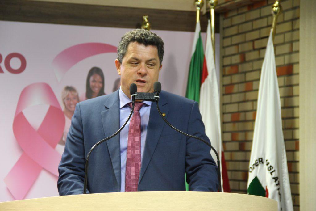 Deputado estadual Ivan Naatz, do PV