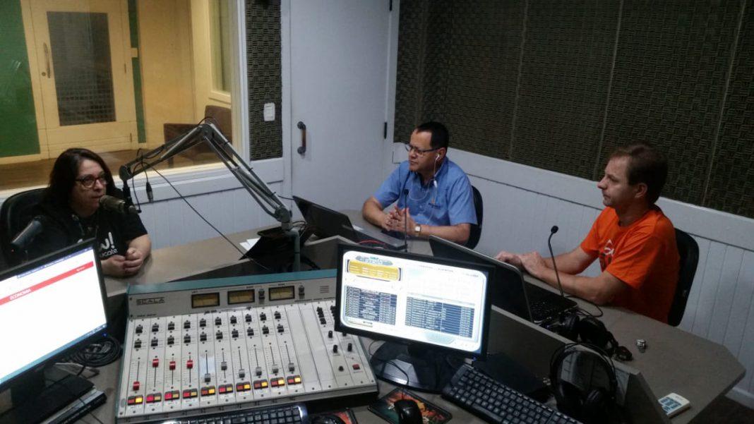"""Faculdade São Luiz promove palestra """"Bilíngue: Competências para o Século XXI"""""""