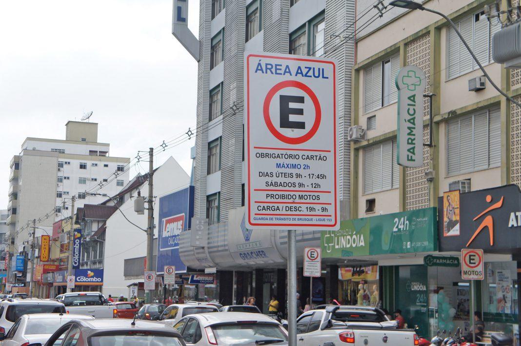 CDL Brusque disponibiliza ponto de atendimento da Área Azul