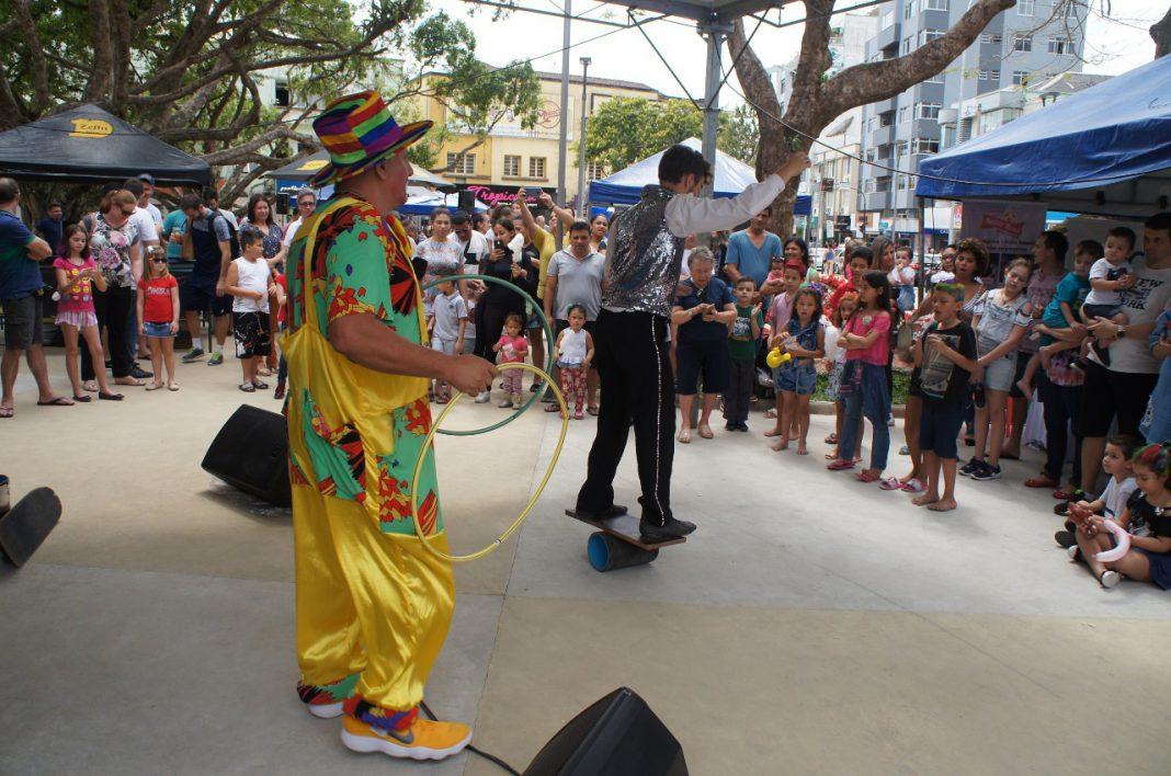 Sábado Fácil Dia das Crianças é marcada por diversão no Centro