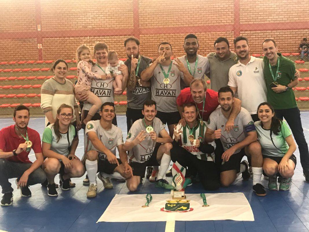 Brusque conquista medalhas e troféus no Parajasc em Caçador