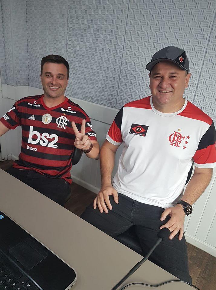 O presidente da embaixada, Ricardo de Souza e Fábio Krieger
