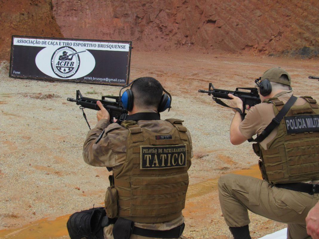 18º BPM realiza habilitação ao uso de fuzil calibre 5.56