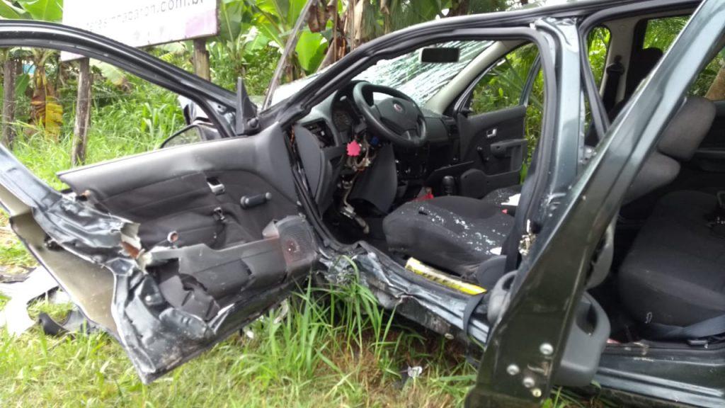 Duas vítimas feridas em colisão de forte impacto em Guabiruba