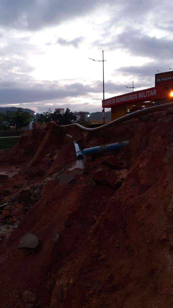 SAMAE comunica rompimento de rede e falta d'água em vários bairros