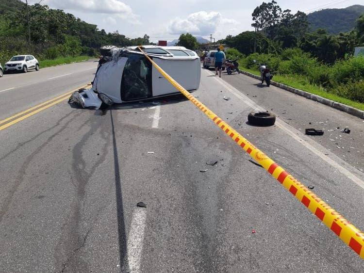 A colisão aconteceu na BR-282, em Palhoça.