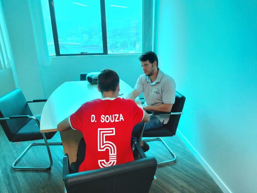 Entrevista com jogador Davi de Souza na Rádio Diplomata.