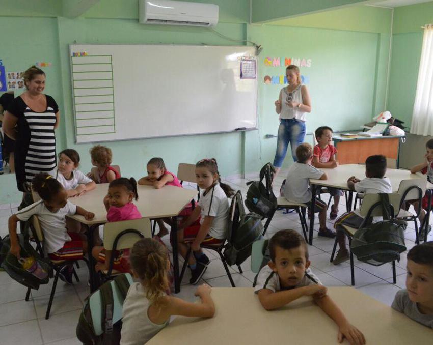 Quase 15 mil alunos iniciam as aulas na rede pública municipal nesta quinta-feira, 6