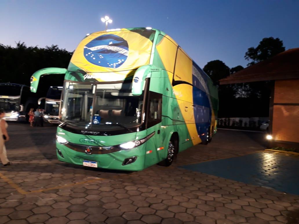 Evento de 56 da Geneve Turismo ficou marcado pela apresentação do Patriota-Bus