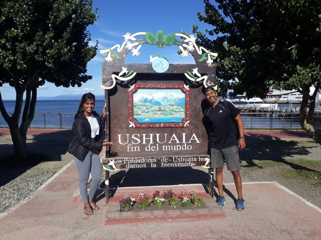 Casal do Mundo em Duas Bikes no Ushuaia-Argentina.