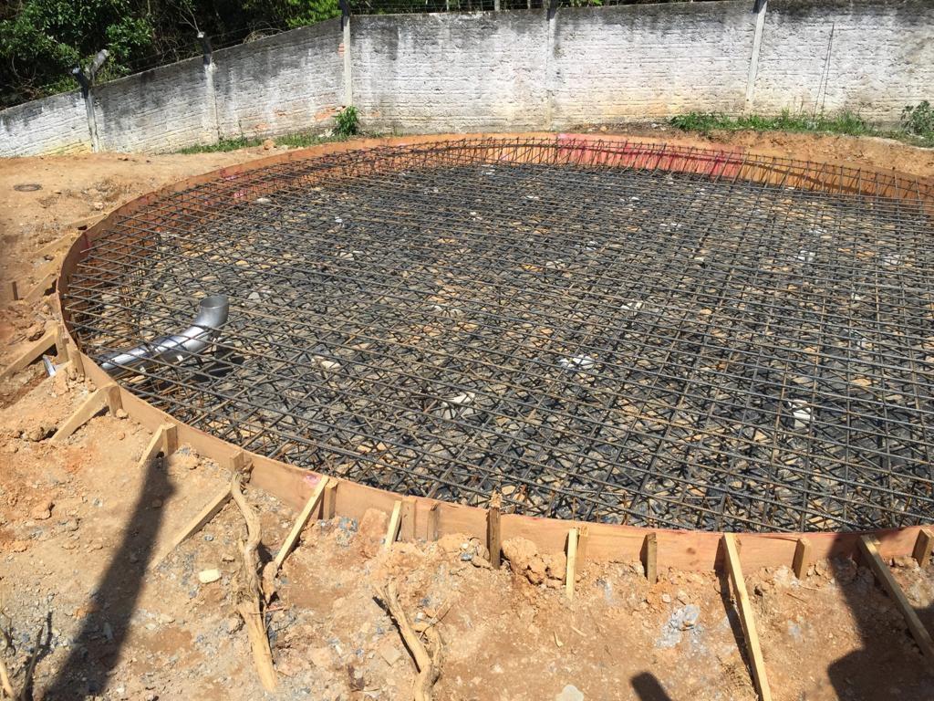 Nova base que serviu de instalação do novo reservatório de 500 mil litros.