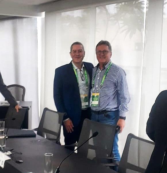 Presidente do Brusque Danilo Rezini junto com o Presidente da CBF Rogério Caboclo.