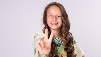 Laura Rodrigues representante brusquense no The Voice Kids.