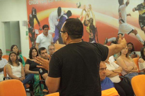 Ruy Godinho durante apresentação de calendário no início de 2020