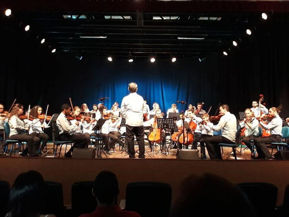 Escola de Música do CESCB e a Orquestra de Câmara do CESCB