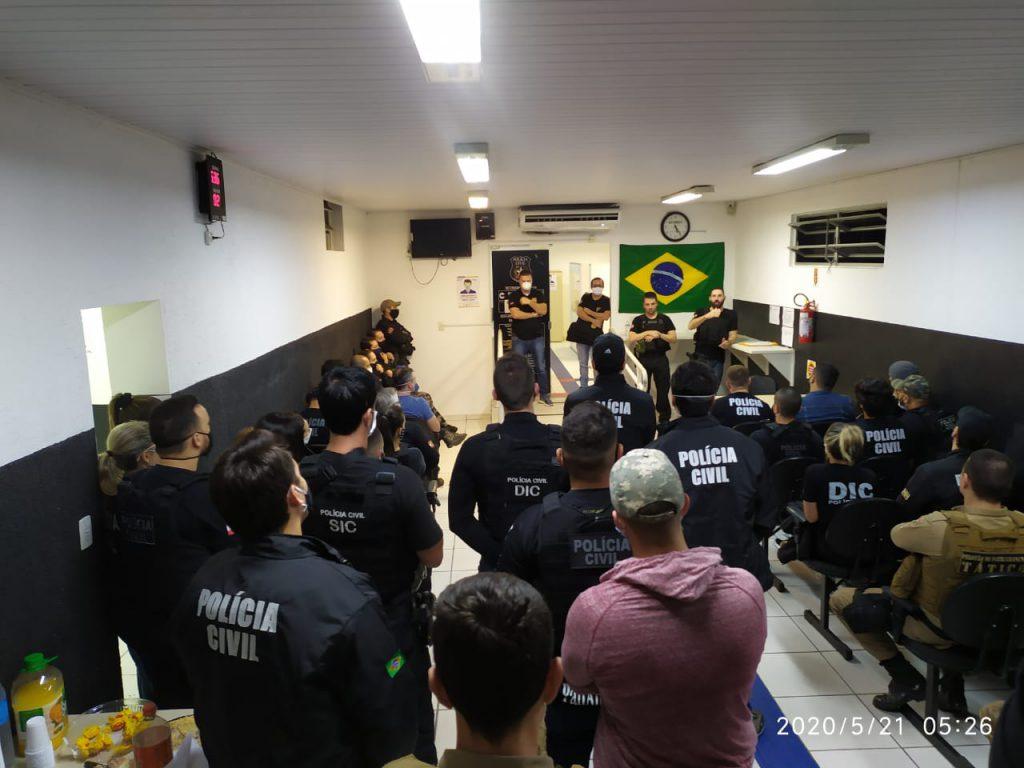 A grande força-tarefa foi empregada para combater o tráfico de drogas em Brusque e região e contou com a participação conjunta de diversas equipes das policias Civil e Militar