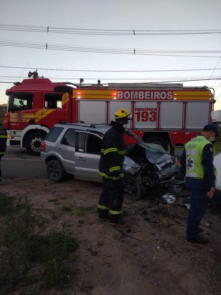 Acidente na rodovia Ivo Silveira no final da tarde deste sábado,9