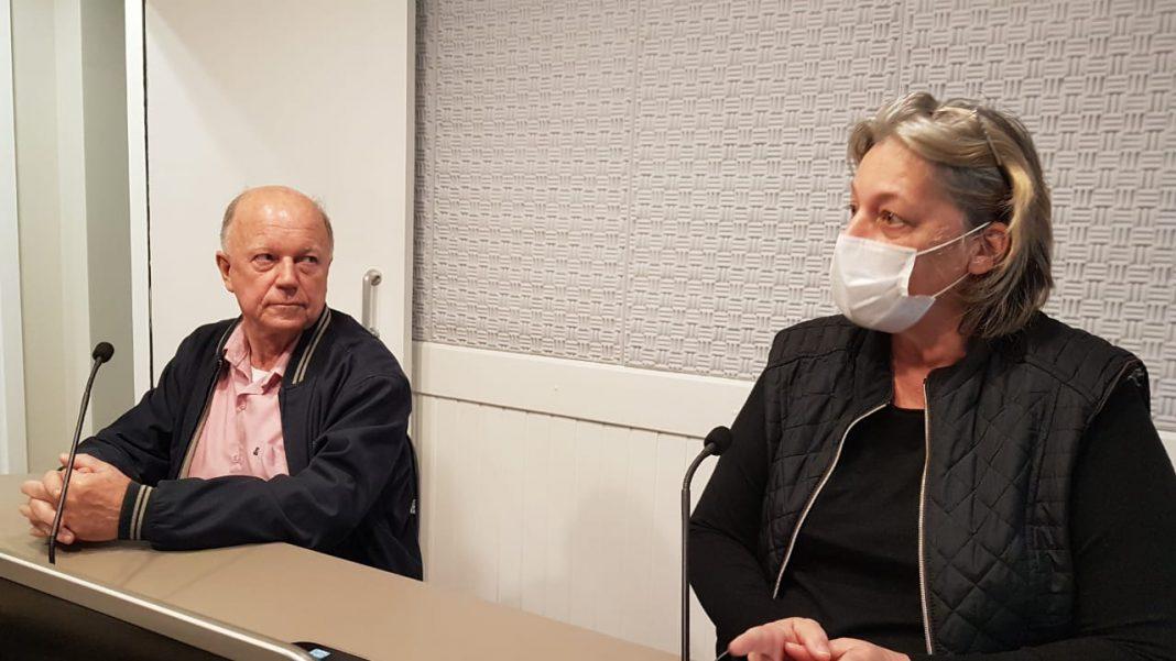 diretor e padre Valdir Prim e a gerente de enfermagem Vera Civinski.