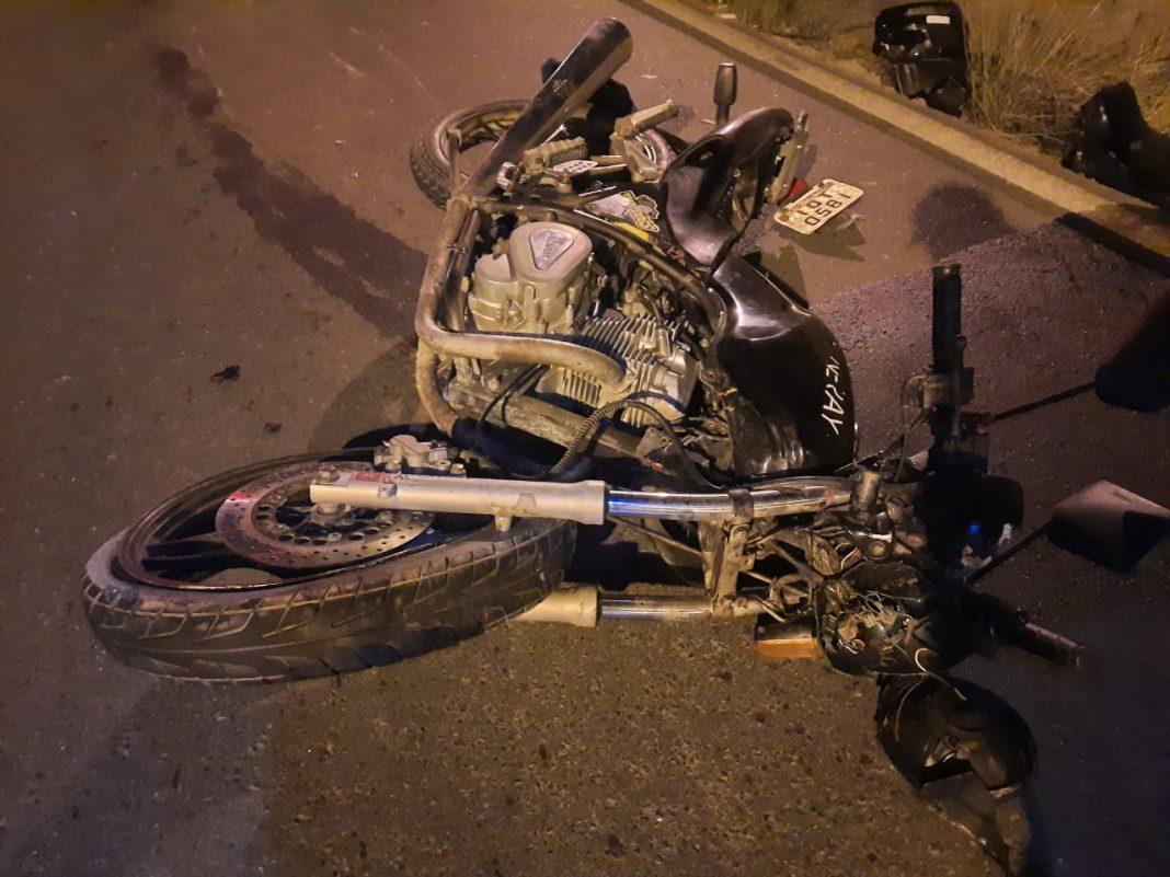 Homem fica em acidente na rodovia Antônio Heil